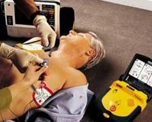 DAE: Utilisatioin d'un défibrillateur automatisé externe